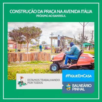 Construção de Praça na Avenida Itália