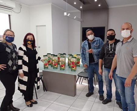Programa Sementes do Banrisul entrega mais de duas mil sementes ao Município